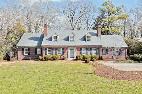 Single Family for Sale at 309 Clovelly Road Richmond, Virginia 23221 United States