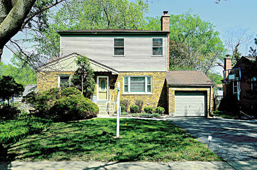 Real Estate for Sale, ListingId:37716591, location: 4411 Elm St Downers Grove 60515