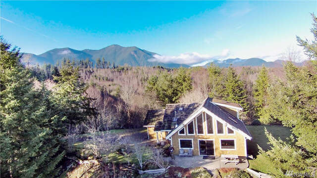 Single Family for Sale at 657 Wildwood Rd Unit Pvt Quilcene, Washington 98376 United States