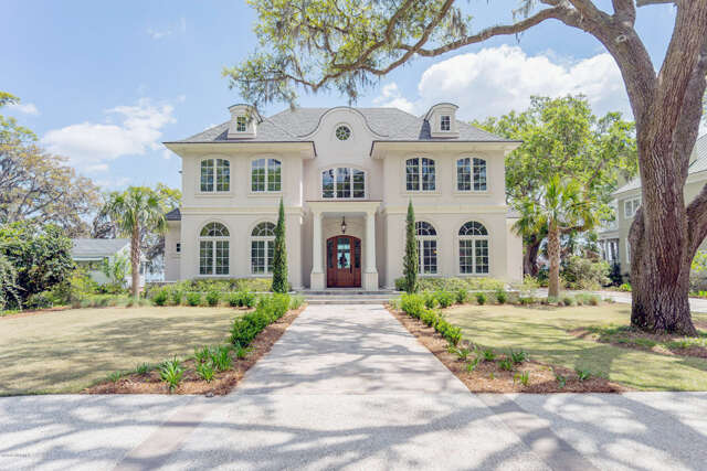 Single Family for Sale at 845 Ribaut Road Beaufort, South Carolina 29902 United States