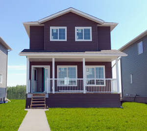 Featured Property in Grande Prairie, AB T8X 0R3
