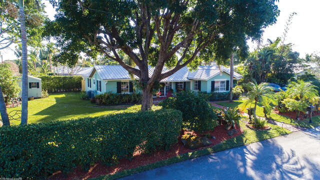Single Family for Sale at 402 Lake Drive Delray Beach, Florida 33444 United States