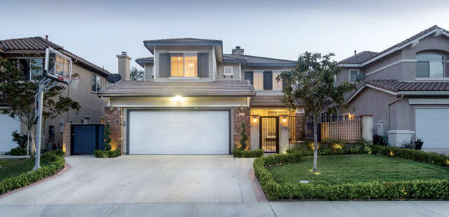 Single Family for Sale at 6124 Grapevine Ct. Simi Valley, California 93063 United States