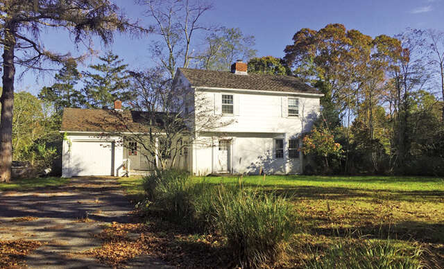 Single Family for Sale at 1031 Noyac Rd Shelter Island, New York 11964 United States