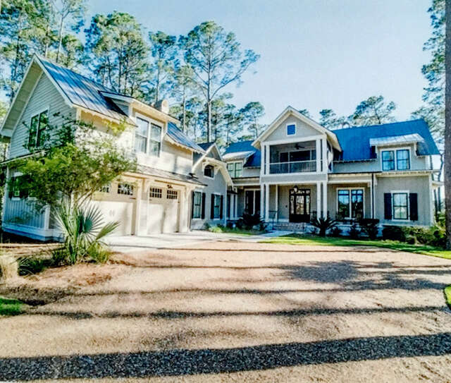Single Family for Sale at 64 Gallavant Rd Bluffton, South Carolina 29910 United States