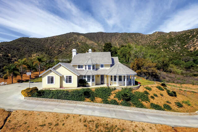 Single Family for Sale at 9277 Lofty Lane Cherry Valley, California 92223 United States