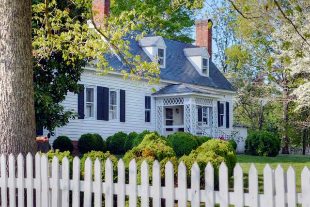 Single Family for Sale at 1928 Little Creek Road Dillwyn, Virginia 23936 United States