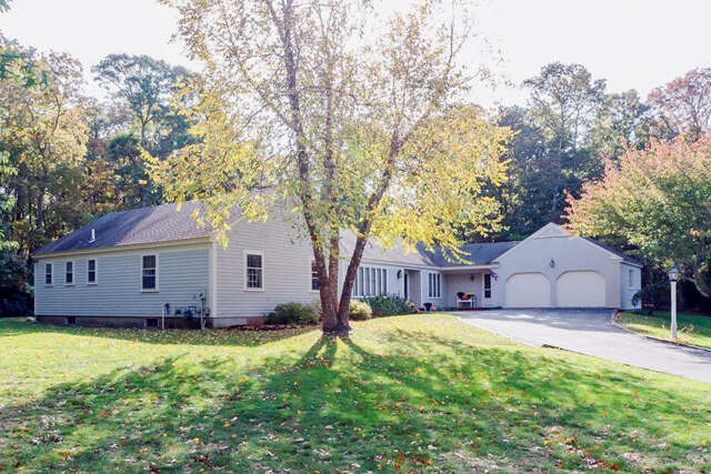Single Family for Sale at 266 Midpine Road Cummaquid, Massachusetts 02637 United States