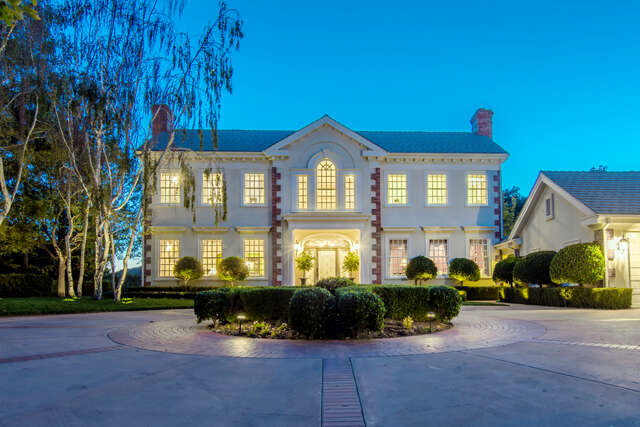 Single Family for Sale at 517 Lakeview Canyon Rd. Westlake Village, California 91362 United States
