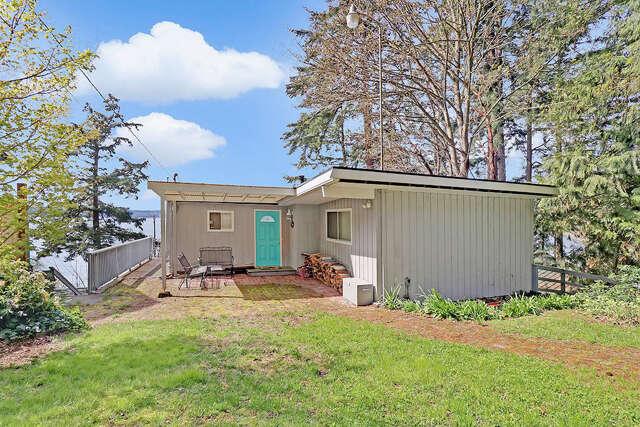 Single Family for Sale at 12422 Sunny Shores Rd Marysville, Washington 98271 United States