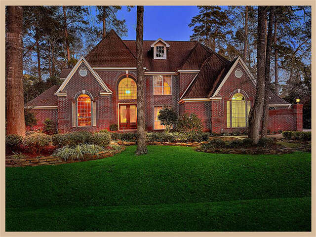 Single Family for Sale at 66 Firefall Court The Woodlands, Texas 77380 United States