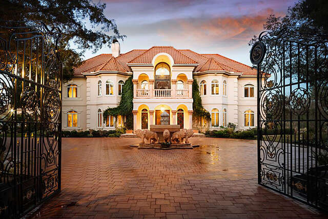 Single Family for Sale at 5124 Palm Royale Boulevard Sugar Land, Texas 77479 United States
