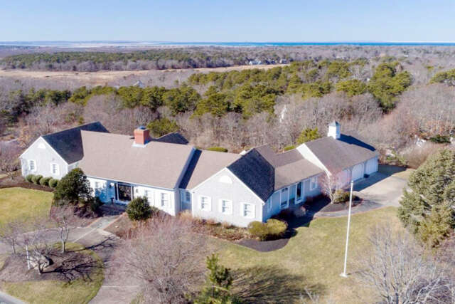 Single Family for Sale at 18 Farm Hill Road Dennis, Massachusetts 02638 United States