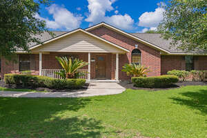 Featured Property in Beasley, TX 77417