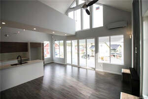 Featured Property in Kelowna, BC V1Z 3R8