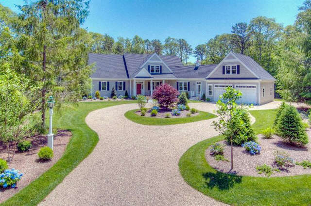Single Family for Sale at 29 Hathaway Road Osterville, Massachusetts 02655 United States