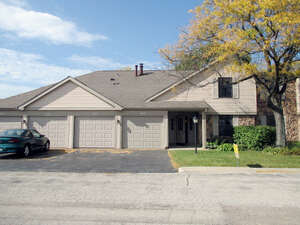 Featured Property in Gurnee, IL 60031
