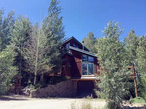Featured Property in Wilson, WY 83014