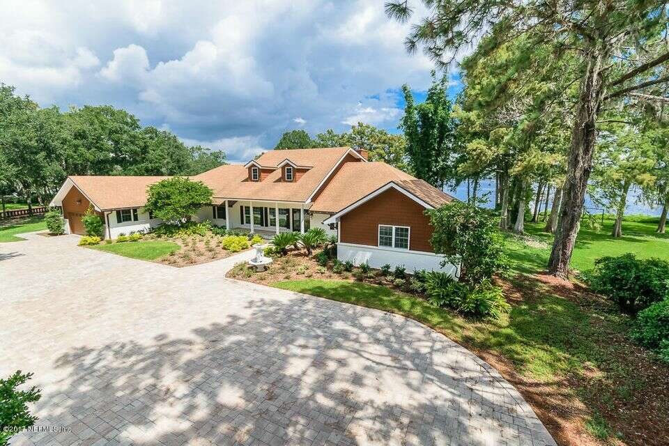 Single Family for Sale at 711 Creighton Rd Fleming Island, Florida 32003 United States