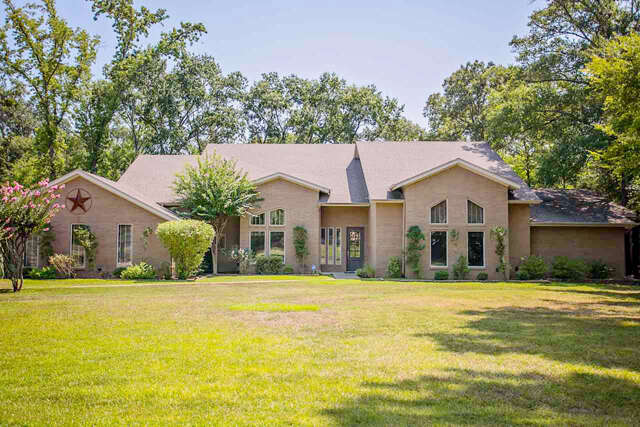 Single Family for Sale at 1985 Hollystone Dr Tyler, Texas 75703 United States