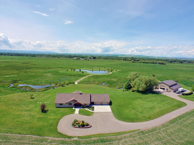 Single Family for Sale at 5040 Burnt Road Belgrade, Montana 59714 United States