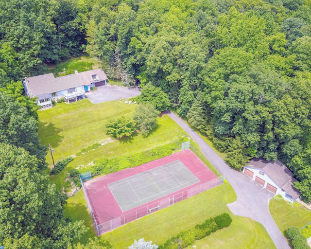 Real Estate for Sale, ListingId:47085836, location: 2323 SPRINGTOWN HILL ROAD Hellertown 18055