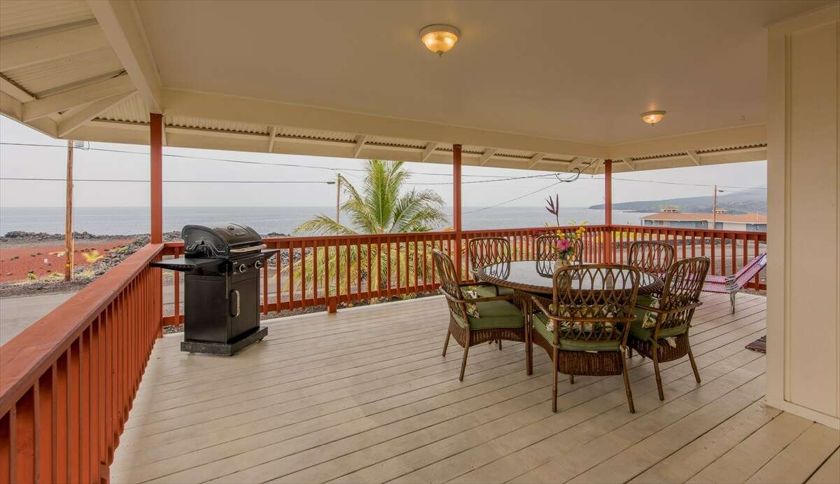 Single Family for Sale at 88-180 Kai Ave Captain Cook, Hawaii 96704 United States