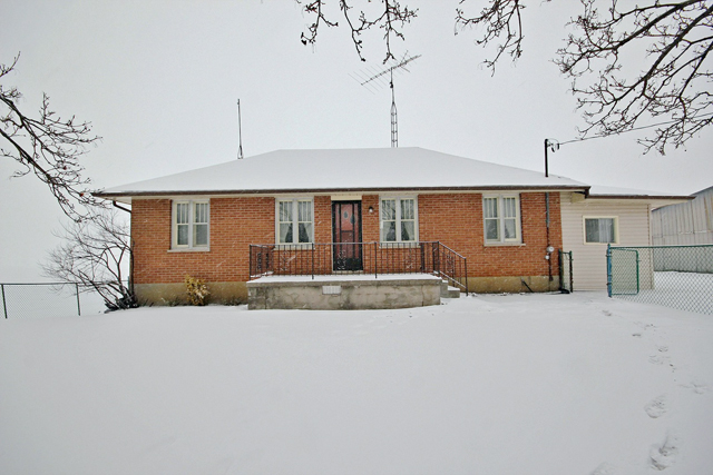 Home Listing at 230 Woodchoppers Lane, KING, ON