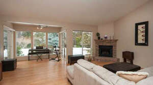 Featured Property in Kelowna, BC V1W 3Z6