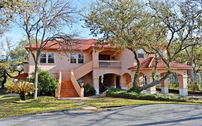 Single Family for Sale at 327 Elm Lodge Dr Kingsland, Texas 78639 United States