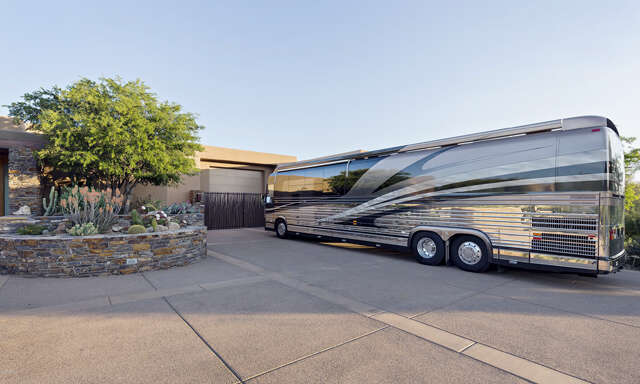 Single Family for Sale at 9447 E Covey Trail Scottsdale, Arizona 85262 United States