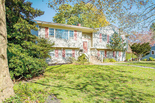 Single Family for Sale at 1314 W Magnolia Avenue Sea Girt, New Jersey 08750 United States