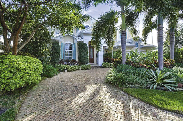 Single Family for Sale at 1032 Vista Del Mar Drive N Delray Beach, Florida 33483 United States