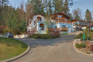 Featured Property in West Kelowna, BC V1Z 3Y6