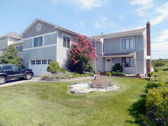 Single Family for Sale at 3 Riverdale Avenue Monmouth Beach, New Jersey 07750 United States