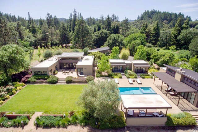 Single Family for Sale at 2252 W Dry Creek Road Healdsburg, California 95448 United States