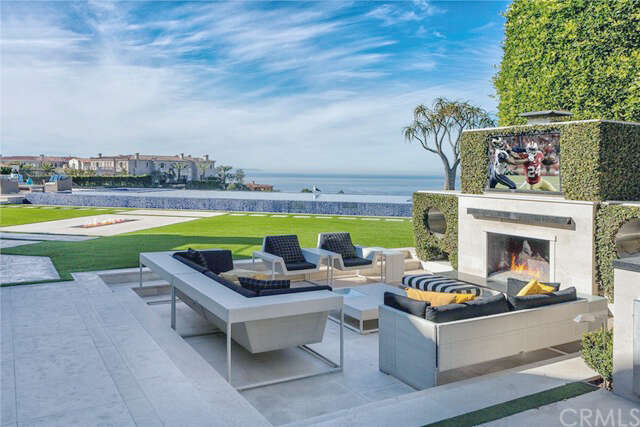 Single Family for Sale at 35 Tide Watch Newport Coast, California 92657 United States