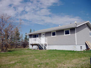 Featured Property in Falher, AB T0H 1M0