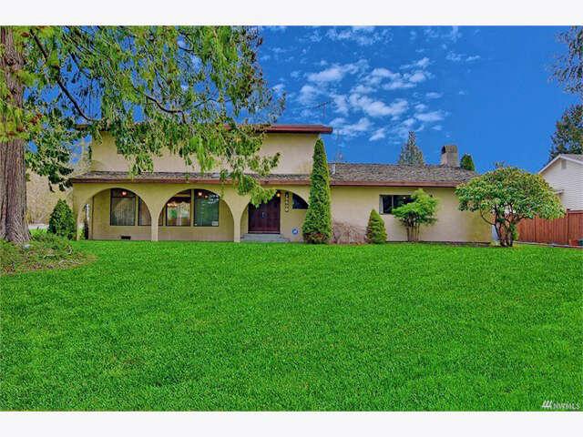 Single Family for Sale at 15609 E Shore Dr Lynnwood, Washington 98087 United States