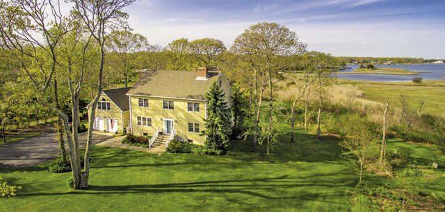 Single Family for Sale at 5805 Main Bayview Rd Southold, New York 11971 United States
