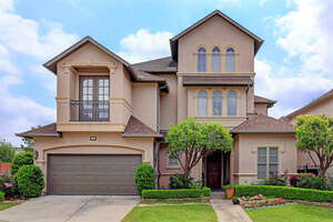 Featured Property in Houston, TX 77082