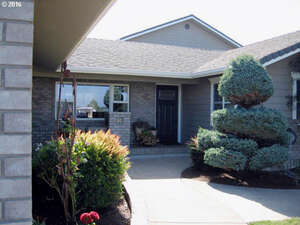 Featured Property in Eugene, OR 97402