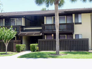 Single Family Home for Sale, ListingId:39570119, location: 54- 207 Club House Dr 207 Palm Coast 32137