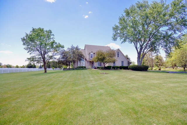 Single Family for Sale at 7n224 Homeward Glen Drive St. Charles, Illinois 60175 United States