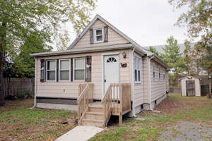 Featured Property in Waretown, NJ 08758