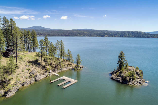 Single Family for Sale at 7522 S Newtons Way Coeur D Alene, Idaho 83814 United States