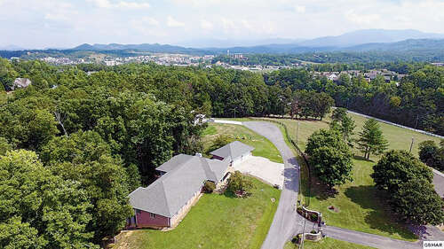 Single Family for Sale at 1317 Americana Dr Pigeon Forge, Tennessee 37863 United States