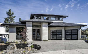 Featured Property in Kelowna, BC V1W 4Z9