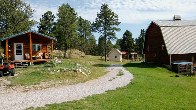 Single Family for Sale at 318 Wy-585 Four Corners, Wyoming 82715 United States