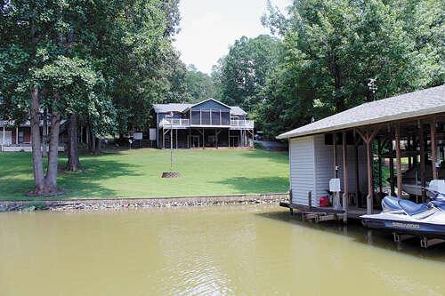 Single Family for Sale at 132 Abbey Lane Mount Gilead, North Carolina 27306 United States